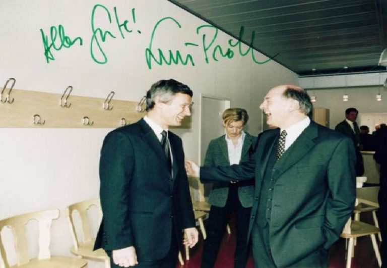 Eröffnung 2000